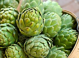 artichoke food facts picture of whole artichoke