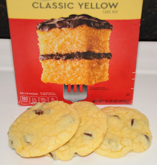 chocolate chip cookies from cake mix