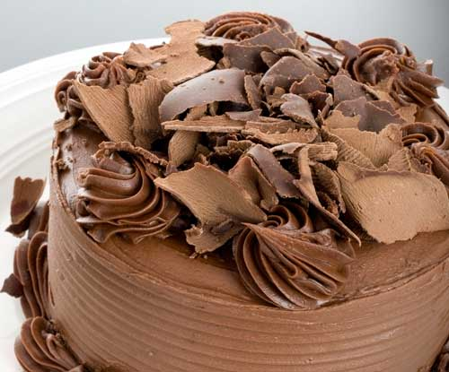 chocolate cake with curls