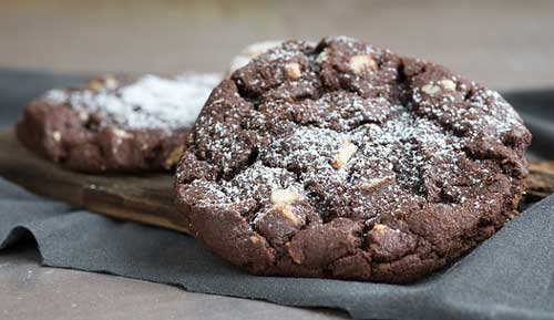 chocolate cookies powdered sugar topping