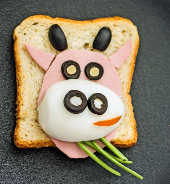 cow funny sandwich