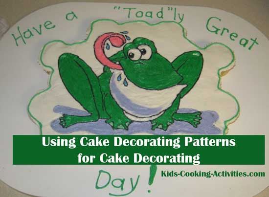cupcake decorating with patterns