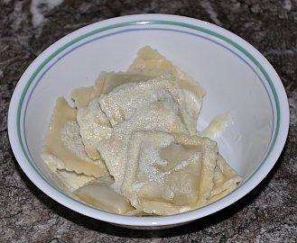 manti sauce on ravioli