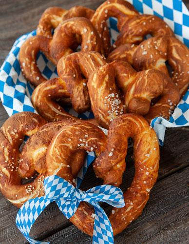 pretzel hearts