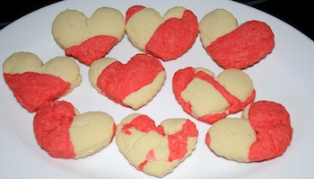 red cookie hearts