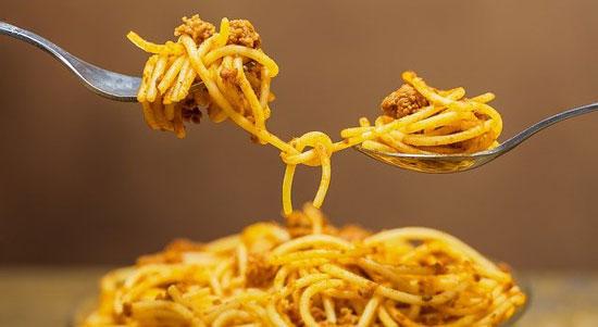 spaghetti casserole dish