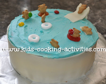 swim pool cake