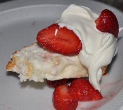 strawberries with cake