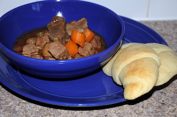 beef bourginon with croissants