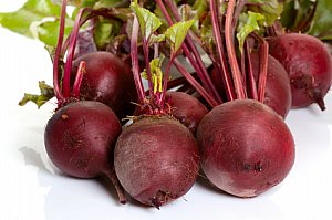 beet food facts photo of whole beet