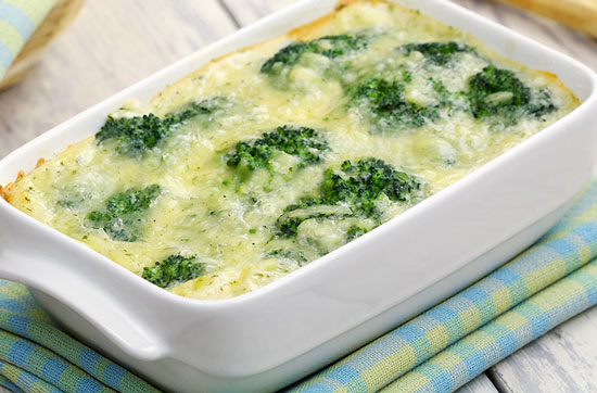 chicken broccoli with sauce casserole