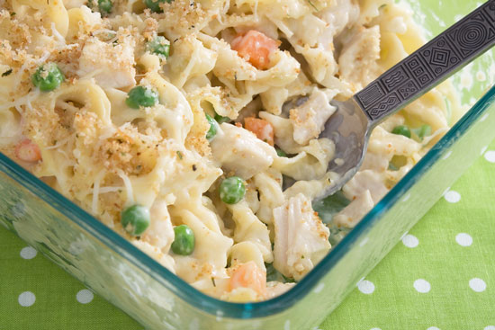 casserole with peas and carrots