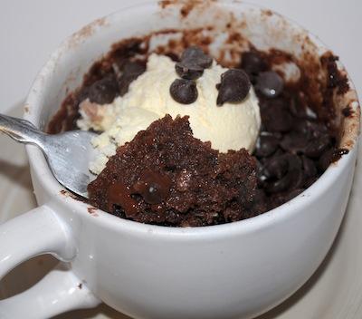 chocolate cake microwave