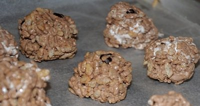 chocolate rice krispies balls