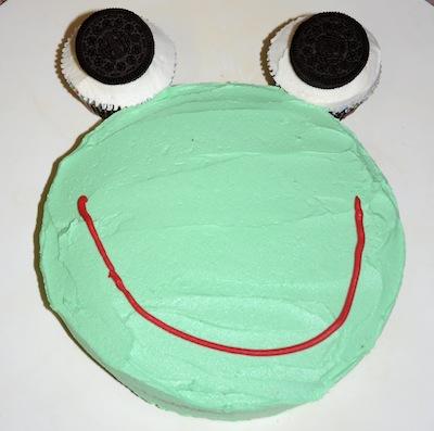 oreo frog cake