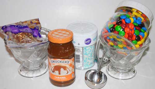 ice cream sundae gift basket idea