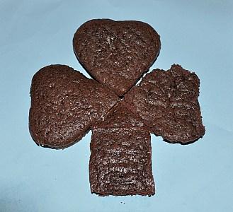 clover cake shaped