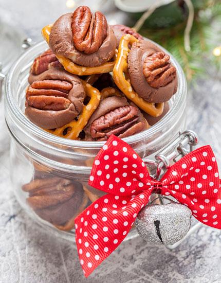 rolo pretzel candy picture