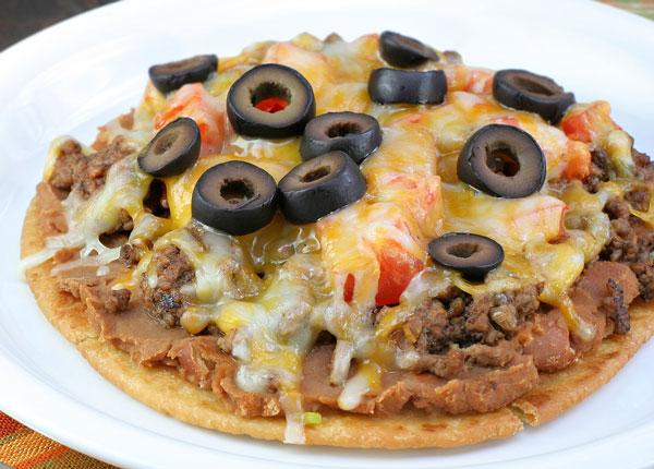 mexican taco pizza