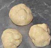 clover ball rolls