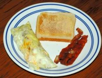 baggie omelet done and ready to eat