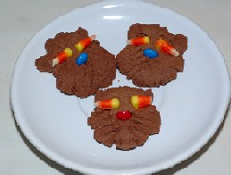 photo of cat cookies for kids cooking Halloween recipes.